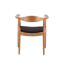 Replica Hans Wegner Round Dining Chair natural 2