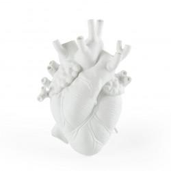 PLACE FURNITURE SELETTI Marcantonio Porcelain Love in Bloom Heart Vase 01