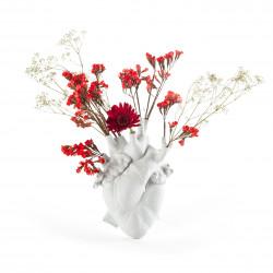 PLACE FURNITURE SELETTI Marcantonio Porcelain Love in Bloom Heart Vase 05